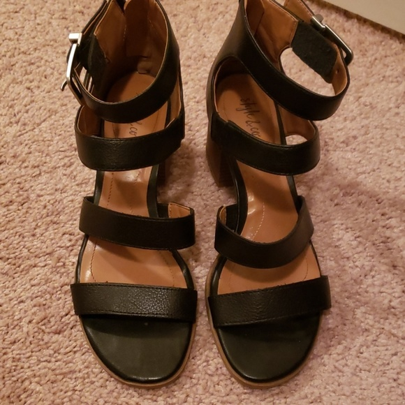 Style & Co Shoes - Style & Co Black Sandals